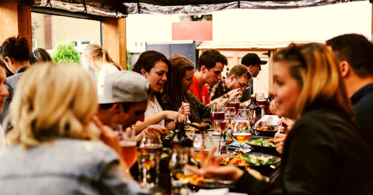 evento empleados restaurante - Ideas de Eventos Divertidos para Empleados y Clientes